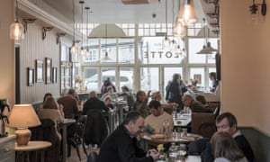 Diners in Bistro Lotte, Frome, Somerset, UK