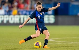 Kelley O'Hara in action for the USA against Japan in March 2020.