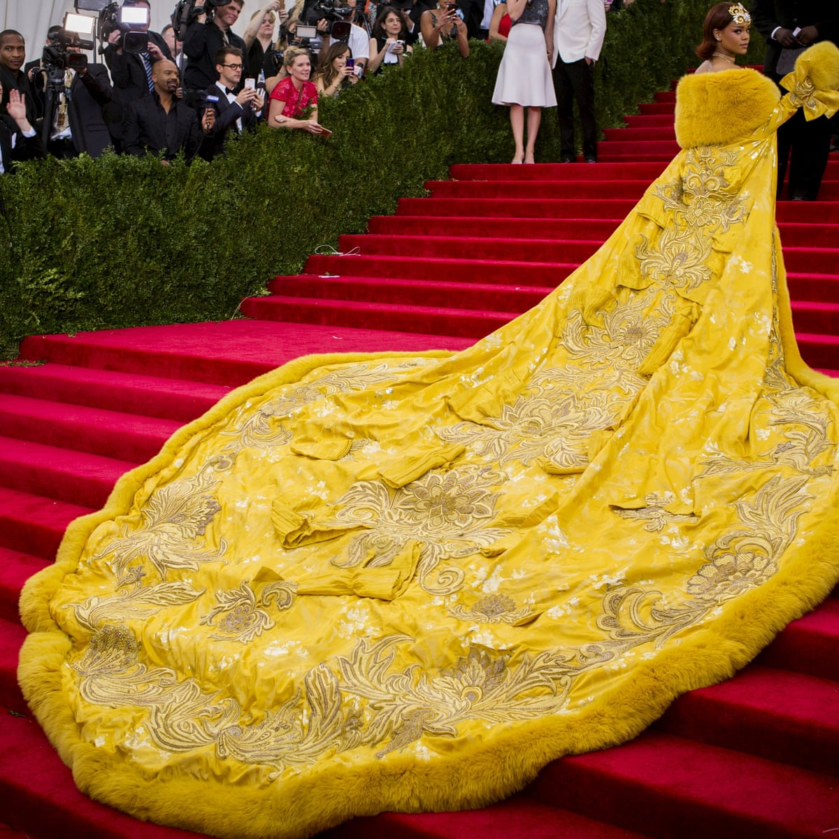 Guo Pei The Chinese Designer Who Made Rihanna S Omelette Dress Fashion The Guardian