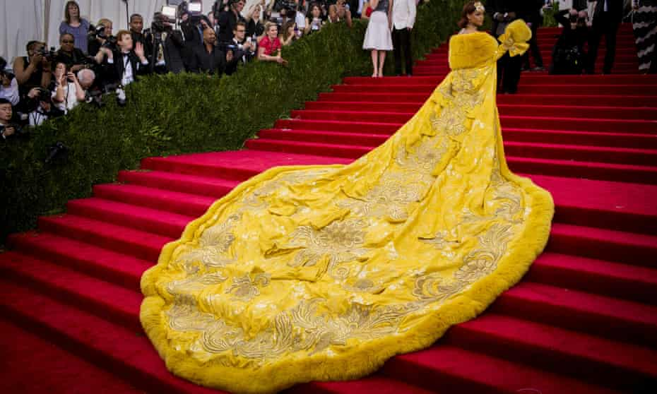 Rihanna arrives at the Met Gala in 2015 in the Guo Pei 'omelette dress'