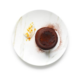 Felicity Cloake's chocolate fondants. 6: 4 Loosen the baked fondants by running a knife around the edge, then turn out on to plates and serve