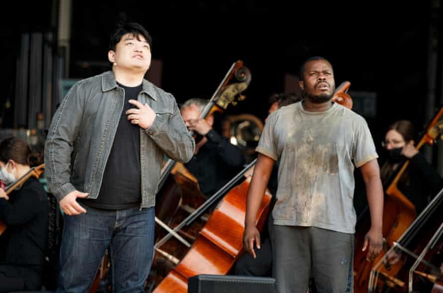 David Junghoon Kim and Simon Shibambu in Tosca.