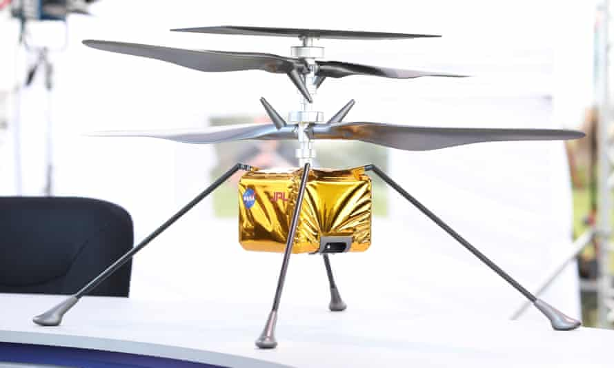 Model of the Ingenuity helicopter being sent with the Perseverance rover to Mars.