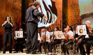 The music was performed by children from two music academies in the Negev desert, playing with the Ashdod Symphony Orchestra.