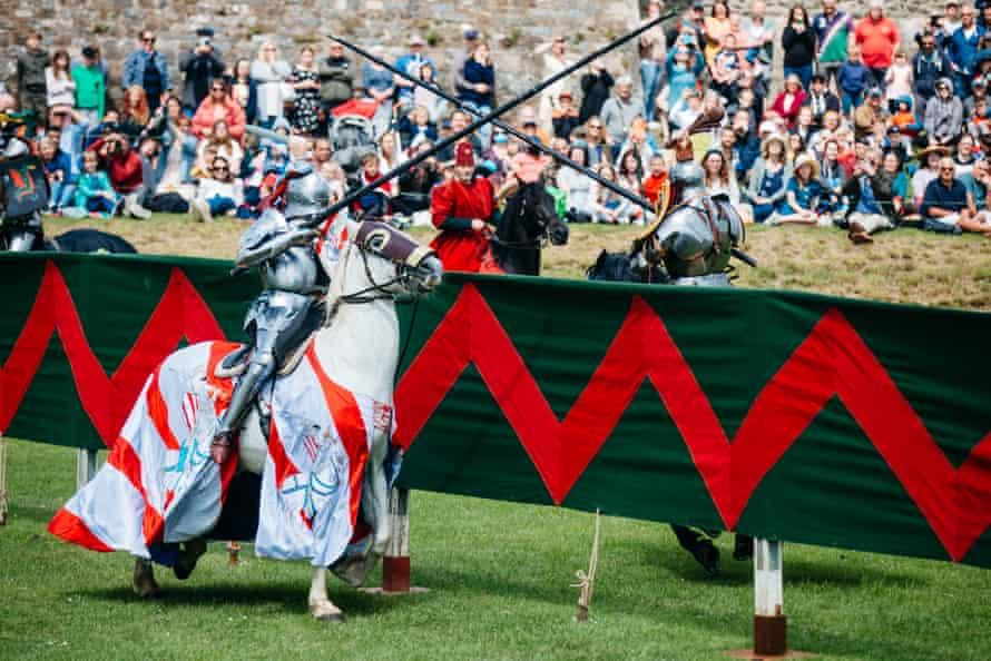 Lancelot and Argo