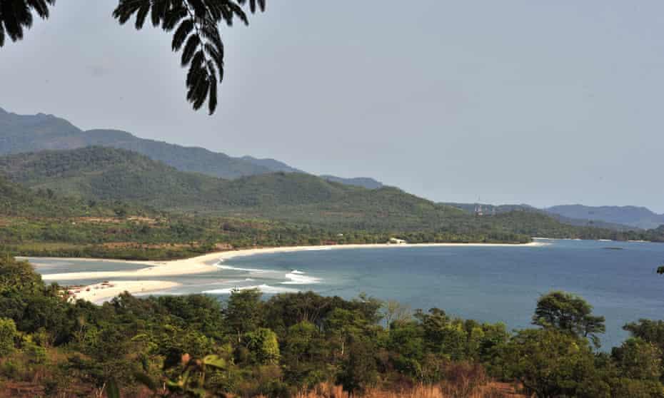 Tokeh beach near Freetown