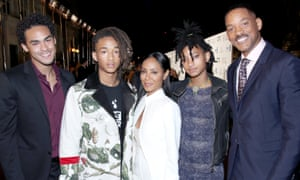 Jada in a line-up with her family, Trey, Jaden, Willow and Will Smith.