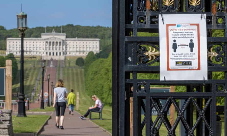 A 2-metre physical distancing sign at the entrance gate to the Stormont estate in Belfast.