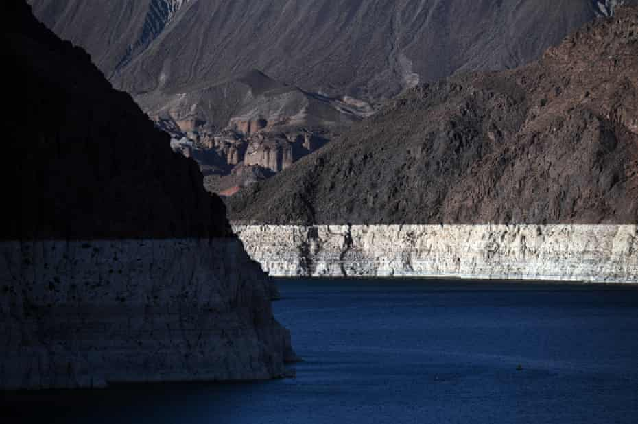 The white 'bathtub ring' of Lake Mead, mineral deposits left by higher levels of water, have been exposed as water levels dwindle.