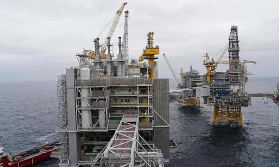 Oil-producing platforms in the North Sea over the Johan Sverdrup field