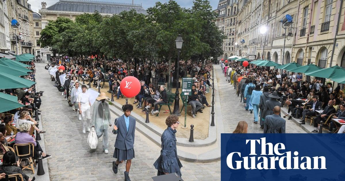 Louis Vuittons show stages brands love affair with Paris