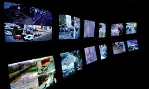 CCTV control room tv screens, Britain, UK. Image shot 2010. Exact date unknown.BGF2PH CCTV control room tv screens, Britain, UK. Image shot 2010. Exact date unknown.