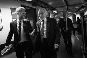 Robert De Niro passes the Albert Hall's dressing rooms