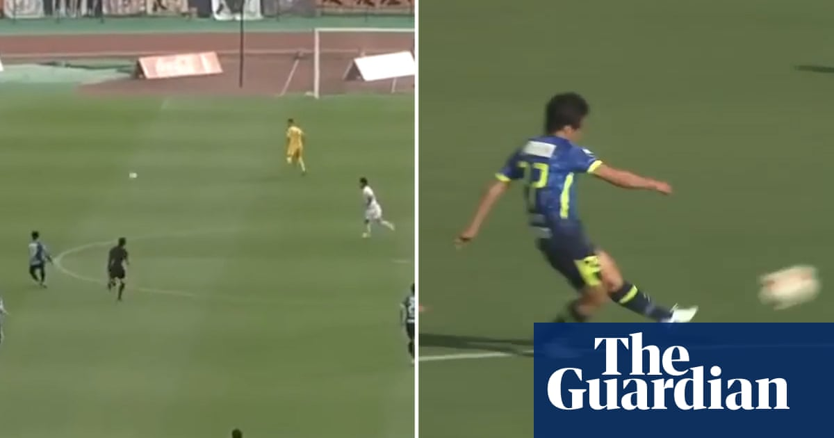 Japanese football team scores two goals from halfway in 90 seconds – video