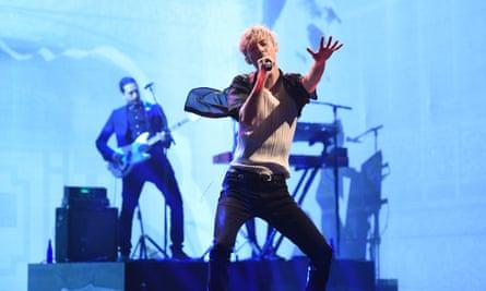 Sivan performing on Saturday Night Live.