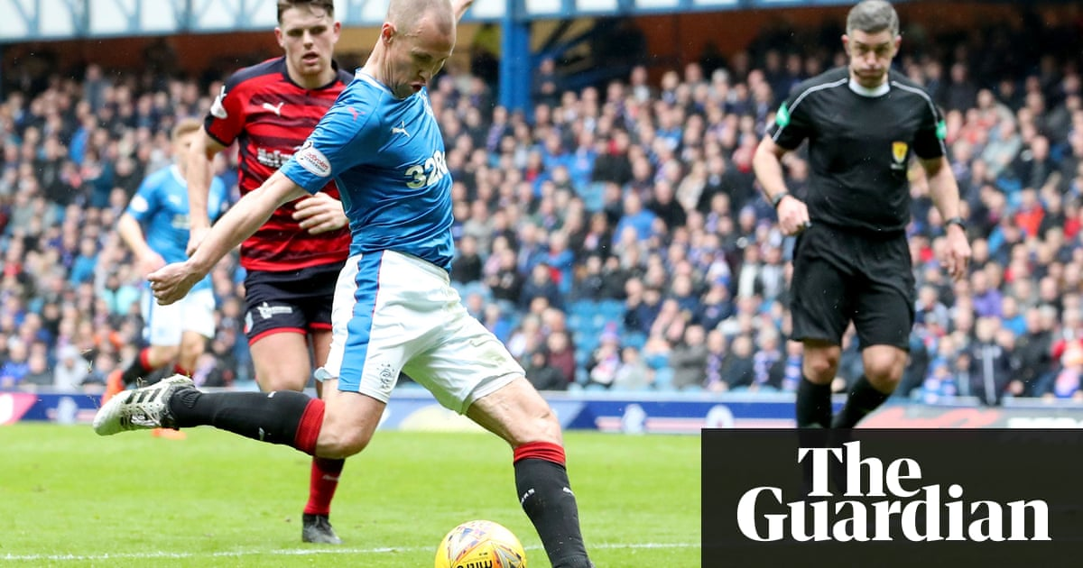 Rangers' Kenny Miller makes recall count by starting rout of Dundee |  Football | The Guardian