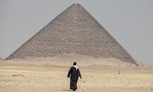 Sneferu's red pyramid