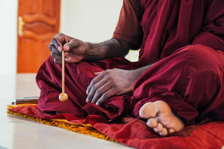 Bhante Buddharakkhita at the centre in Garuga.
