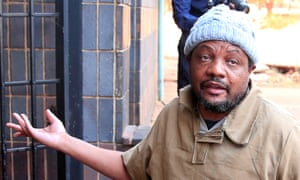 Lawyers for detained Zimbabwe journalist in new move to free him