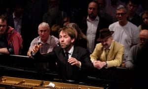 Leif Ove Andsnes and the Mahler Chamber Orchestra performed all five Beethoven piano concertos over three nights at the Proms.