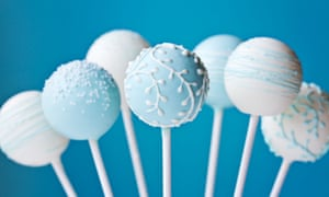 Titanium dioxide, widely used to give foods a white glow, is one of a slew of new food additives that may cause health issues.