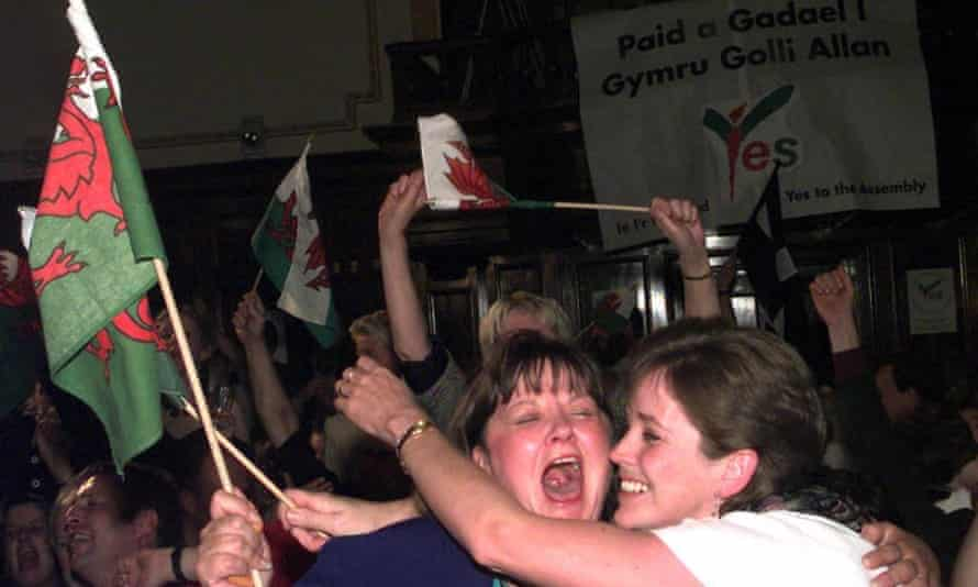 Devolution supporters celebrate the yes vote in the 1997 Welsh referendum