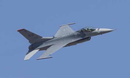 A US F-16 fighter aircraft