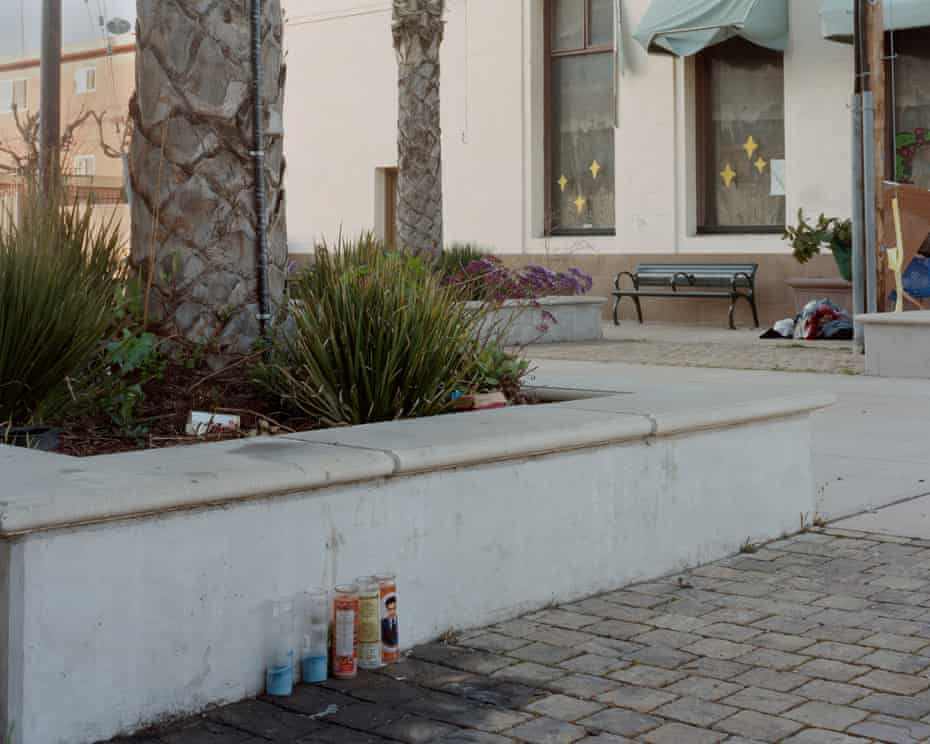 Anibal Andres Ramirez's body was found on a bench in East Oakland in this plaza near Foothill Blvd and Seminary Ave on 10 October 2017.