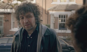 It ain't me, Dave ... Eddie Marsan as Bob Dylan.