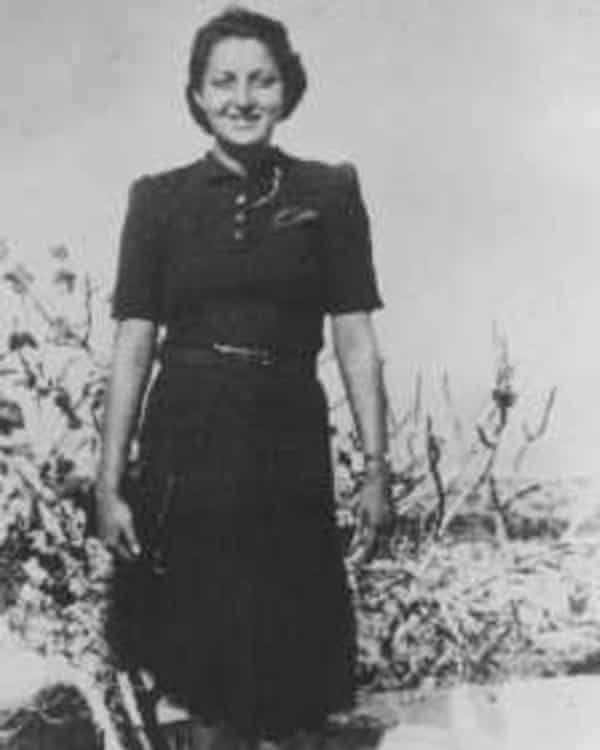 Hannah Szenes, pictured in 1939