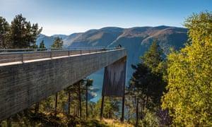 The Stegastein viewpoint, Aurlandsvegen, Norway, by Tommie Wilhelmsen and Todd Saunders.