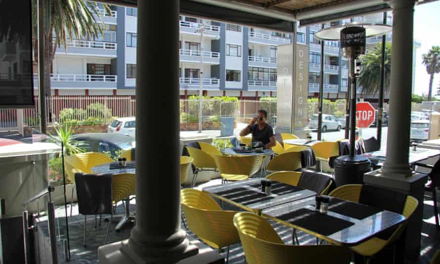 Cascades on the Promenade hotel, Cape Town
