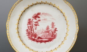 Plate decorated with Tuscan landscape
