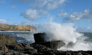 Rough seas at Chapel Point, Castlemartin peninsula