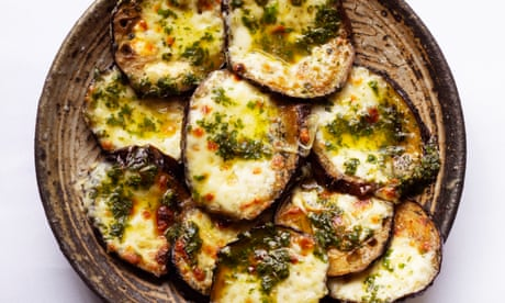 Nigel Slater's aubergines with mozzarella and basil recipe