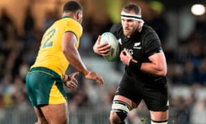 Samu Kerevi prepares to tackle New Zealand captain Kieran Read