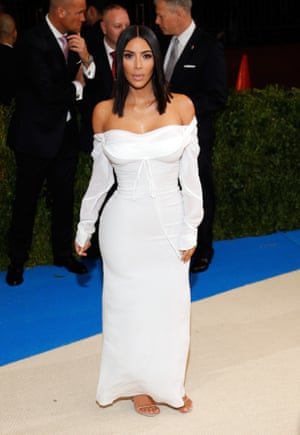 Met Gala Who Nailed The Trickiest Dress Code Ever Fashion - 24 people that went above and beyond for the sake of fancy dress