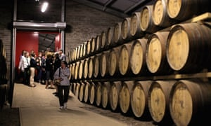 Tourists pay a visit to Edradour distillery