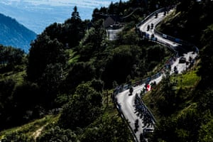 Riders on a climb during Stage 4 from Sisteron to Orcieres Merlette.
