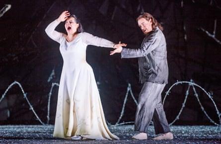 Lianna Haroutounian (Leonora) and Francesco Meli (Manrico) in Royal Opera's Il trovatore.