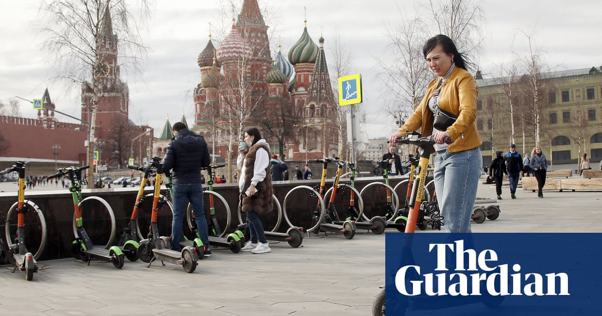 Moscow imposes 9mph limit on e-scooters after string of accidents