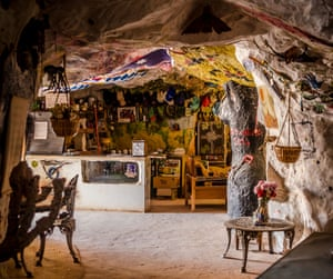 An underground hotel in Coober Peedy, where most buildings are constructed in caves to avoid the harsh desert heat.