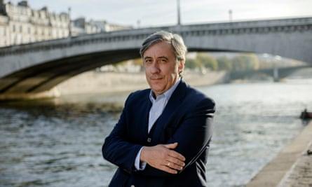 Andrew Graham-Dixon, presenter of The Art Of France.