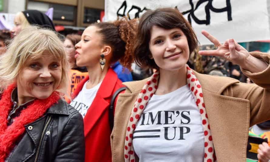 Gemma Arterton with her mother at the Million Women Rise rally, March 2018