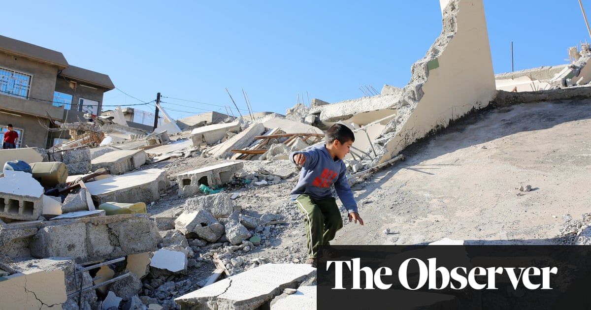 upsurge in big earthquakes predicted for 2018 as earth rotation slows world news the guardian