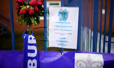 Bury deadline will shift only if takeover talks are 'very deep', warns EFL