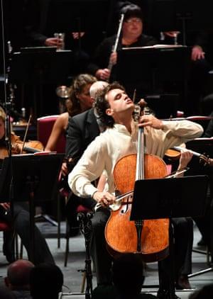 Leonard Elschenbroich performs the world premiere of Brian Elias's Cello Concerto.