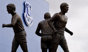 Everton unveil the Holy Trinity statue.