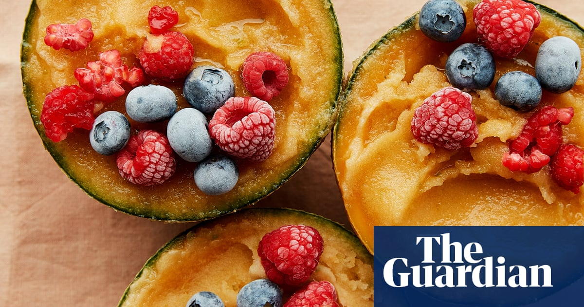 How to save summer fruits to enjoy later in the year