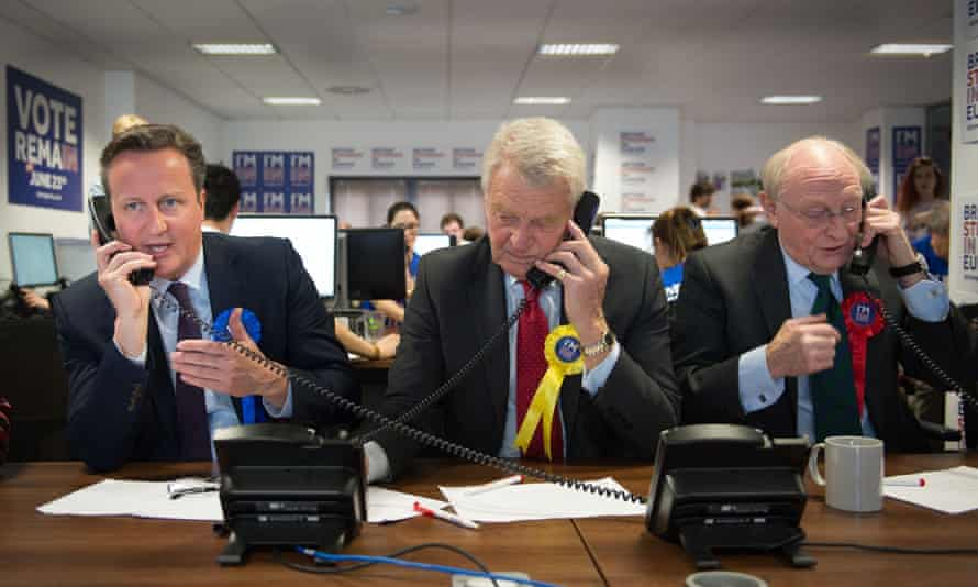 Paddy Ashdown campaigns for remain before the EU referendum, with Neil Kinnock and David Cameron